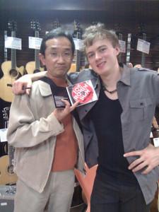 Joe Robinson at Dolphin Guitars Esaka with Nobzooo